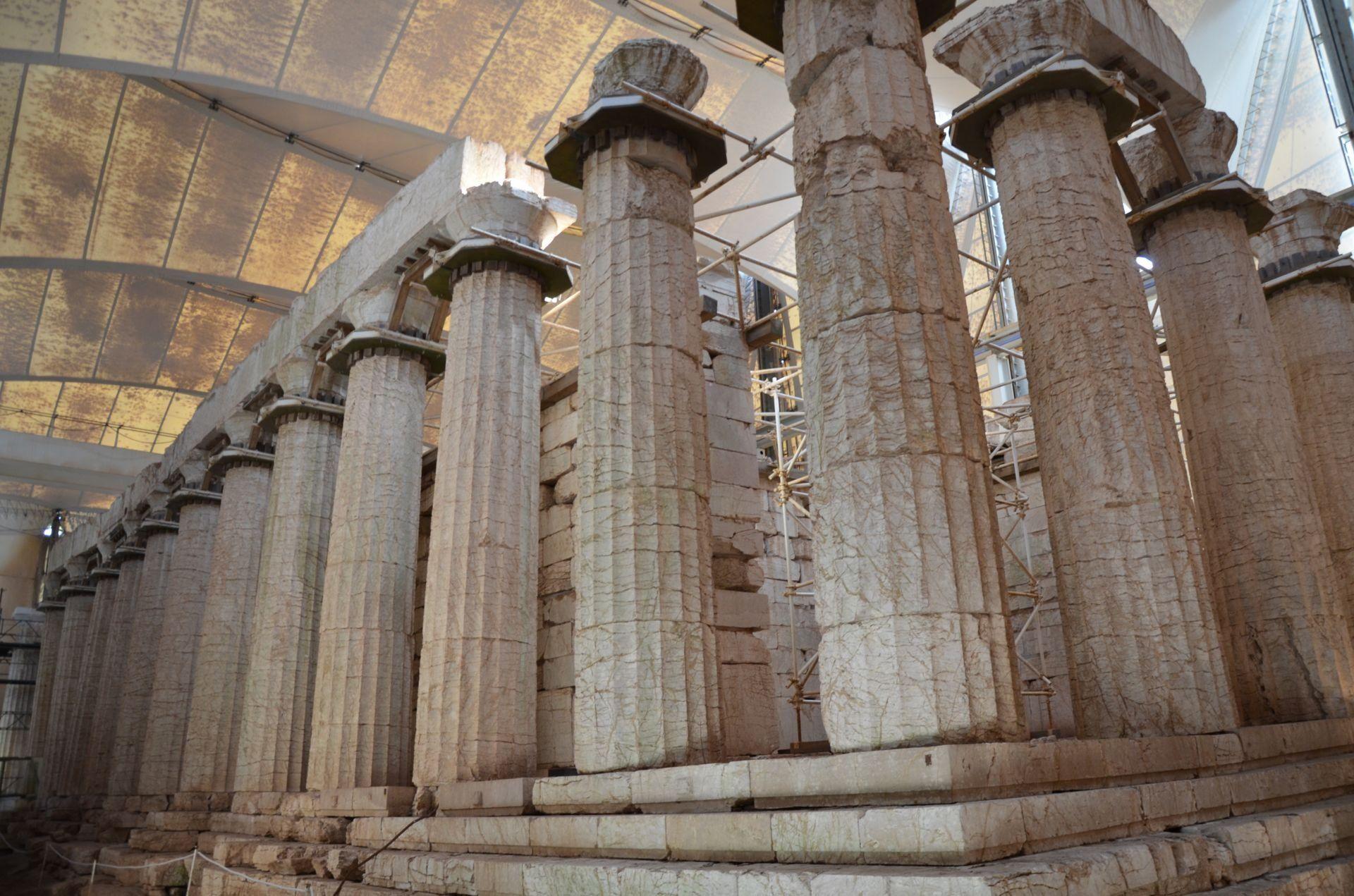 Bassae-apollo-temple